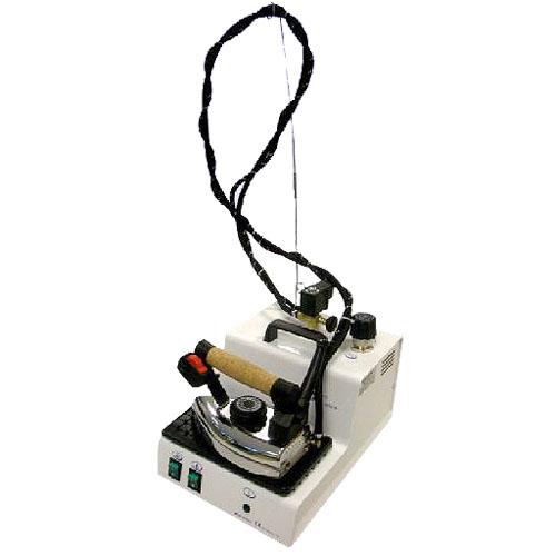 Rotondi  MINI 3  Парогенератор  2,1 литра, с утюгом  1,8 кг, с регул. кол-ва параRotondi<br>Парогенератор Rotondi Mini 3 с профессиональным паровым утюгом. Есть регулятор подачи пара, стальной бойлер, компактен и прост в использовании.<br>