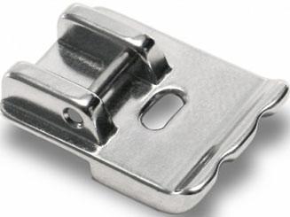 200002101 Лапка для пришивания тесьмы, шнураГоризонтальный челнок<br>200002101 Лапка для пришивания тесьмы, шнура<br>