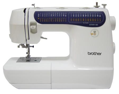 Brother Star 50Brother<br>25 строчек, петля в уавтоматическом режиме, нитевдевающее устройство, в комплекте 3 лапки, чехол мягкий. Челнок - горизонтальный.<br>