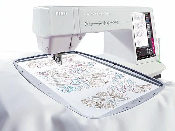 PFAFF SENSATION PROPFAFF<br>Швейно-вышивальная машина PFAFF Creative Sensation Pro обладает множеством уникальных особенностей и строчек. Огромная область вышивки - 360х350 мм, верхний транспортер ткани IDT, технология контроля за точностью и качеством стежков - ActivStitch, целый м...<br>