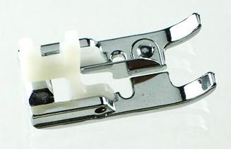 941660000 Лапка для бахромы,буклеВертикальный челнок<br>941660000 Лапка для бахромы,букле<br>