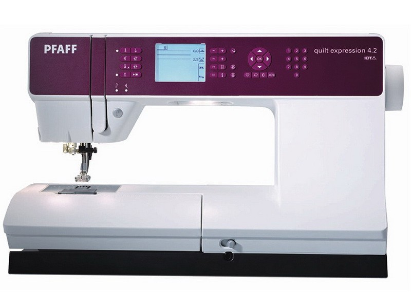 PFAFF quilt expression 4.2PFAFF<br>Швейная машина PFAFF Quilt Expression 4.2 - машина для творчества. PFAFF обладает горизонтальным челноком, выметывает 12 видов петель в автоматическом режиме, выполняет 254 строчки. У машины есть ЖК дисплей, нитевдевающее устройство, позиционирование иглы...<br>