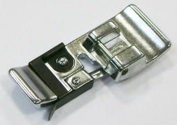 802418005 Лапка оверлочная узкаяГоризонтальный челнок<br>802418005 Лапка оверлочная узкая<br>