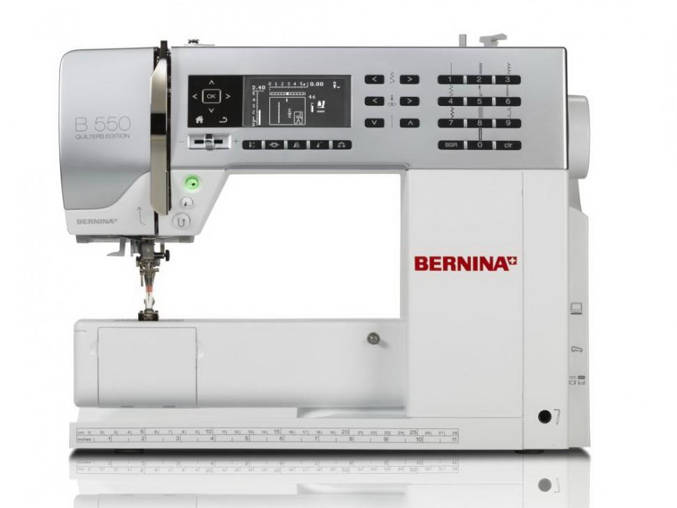 Bernina 550 QEBernina<br>Швейная машина Bernina B550 с вертикальным челнокм выполняет 187 строчек. Выметывает 10 петель в автоматическом режиме. У машины есть функция беспедального шитья, плавная регулировка скорости. Регулятор стежков Bernina BSR.<br>
