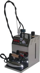 BIEFFE  BF03PCE  Парогенератор  5 литров, (хром), с утюгом  1,8 кг, с регул. кол-ва параBIEFFE<br>Парогенератор с хромированным корпусом. Компактный размер.<br>