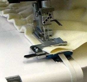 200805009 Лапка для пришивания резинки к J 1200, F 9000Лапки к оверлокам Janome<br>200805009 Лапка для пришивания резинки к J 1200, F 9000<br>