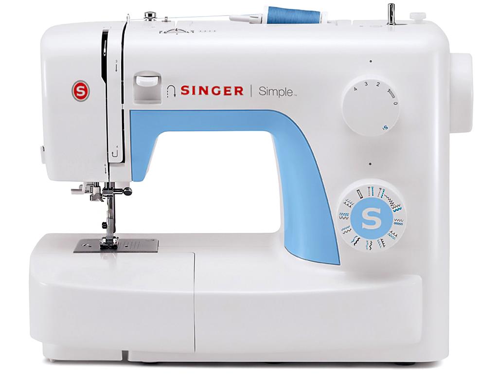 Singer 3221 SimpleSinger<br>Швейная машина Singer 3221 - вертикальный челнок, 20 строчек. Singer 3221 Simple выметывает петлю в режиме автомат, в комплекте имеет 4 лапки, мягкий чехол.<br>