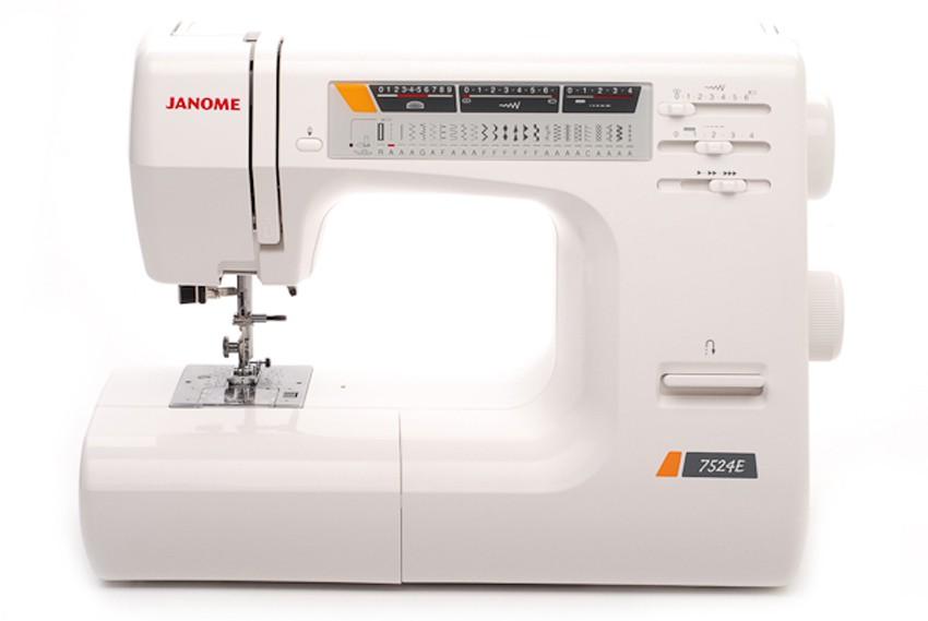 Janome 7524ЕJanome<br>Швейная машина Janome 7524Е имеет горизонтальное челночное устройство, плавную регулировку скорости, выполняет 24 строчки. Имеет в комплекте  7 лапок, нитевдевающее устройство, подсказки.<br>