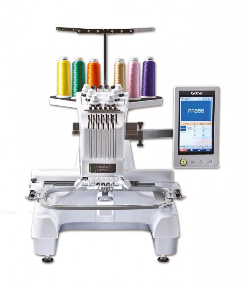 Brother PR 655Brother<br>Шестиигольная одноголовочная вышивальная машина Brother PR-655e Entrepreneur - это компактные размеры, простота управления и профессиональный уровень создаваемых вышивок.<br>