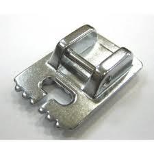 940320000 Лапка для узких складок (7-ми желоб.)Вертикальный челнок<br>940320000 Лапка для узких складок (7-ми желоб.)<br>